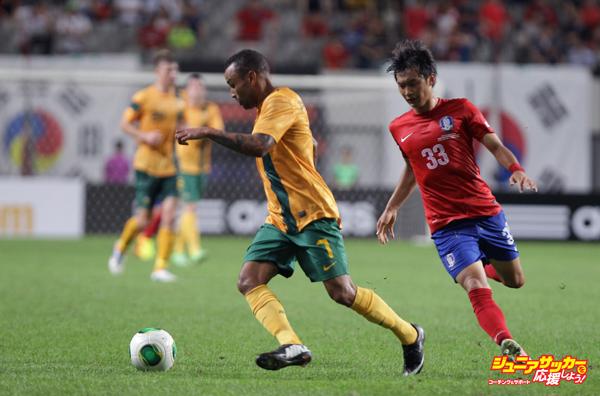 South Korea v Australia - EAFF East Asian Cup 2013