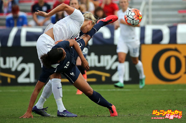 BOCA RATON, FL - MARCH 09: Maria-Laure Delie #18 of France collides with Steph Houghton #5 of England during a match against  in the 2016 SheBelieves Cup at FAU Stadium on March 9, 2016 in Boca Raton, Florida.  (Photo by Mike Ehrmann/Getty Images)