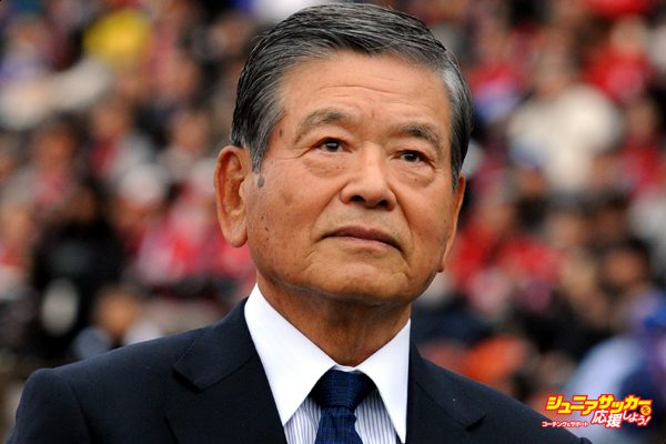TOKYO, JAPAN - MAY 06:  (EDITORIAL USE ONLY) Saburo Kawabuchi,the first chairman of J.League looks on prior to the J.League match between Ventforet Kofu and Urawa Red Diamonds at the National Stadium on May 6, 2014 in Tokyo, Japan.  (Photo by Masashi Hara/Getty Images)
