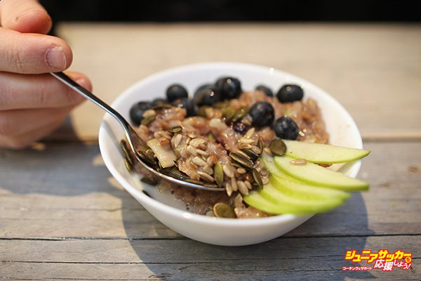 LONDON, ENGLAND - MARCH 02:  A bowl of porridge at the 'Porridge Cafe' in Shoreditch on March 2, 2015 in London, England. The Porridge Cafe is the first of its kind to open in London.  (Photo by Dan Kitwood/Getty Images)