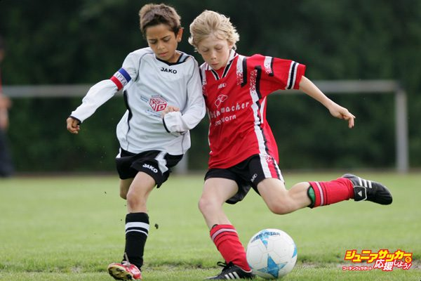 HAMBURG, GERMANY - JUNE 23:  Boys from the 9-11 year old age group in action during the (DFB) German Football Association's E-Youth children's soccer tournament on June 23, 2007 in Hamburg, Germany.  (Photo by Martin Rose/Bongarts/Getty Images)