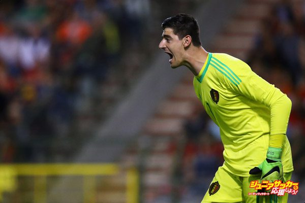 BRUSSELS, BELGIUM - JUNE 05:  Goalkeeper, Thibaut Courtois of Belgium in action during the International Friendly match between Belgium and Czech Republic at Stade Roi Baudouis on June 5, 2017 in Brussels, Belgium.  (Photo by Dean Mouhtaropoulos/Getty Images)